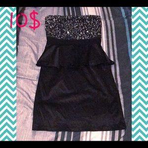 ❤️Forever 21❤️ Strapless dress